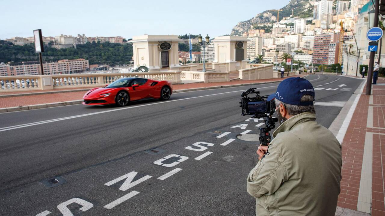 https://cdn.cnngreece.gr/media/news/2020/05/25/220689/photos/snapshot/FERRARI-LECLERC-LELOUCH-MONACO-10.jpg