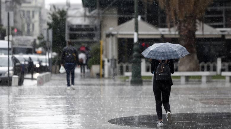 Καιρός: Έρχονται ισχυρές βροχές και καταιγίδες από το μεσημέρι - Πού θα χτυπήσουν