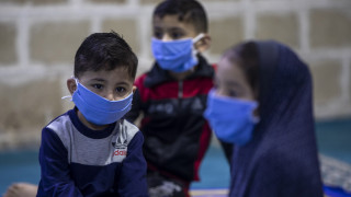 Επικίνδυνη η χρήση μάσκας για παιδιά κάτω των δύο ετών