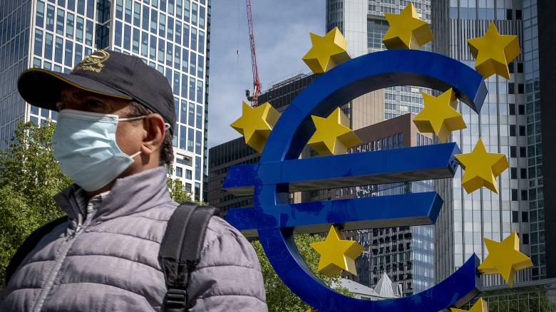 ΕΚΤ: Ο κορωνοϊός πλήττει χώρες με υψηλή ανεργία, χαμηλές αποταμιεύσεις και πολλά «κόκκινα» δάνεια