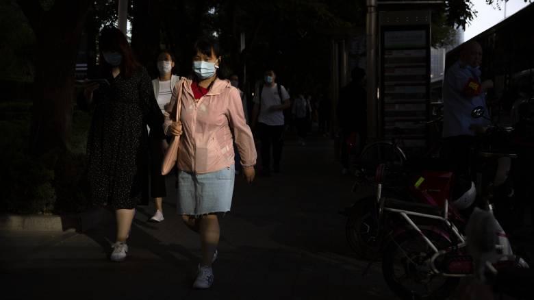 Κίνα: Μόλις ένα νέο κρούσμα κορωνοϊού, εντοπίστηκαν 28 ασυμπτωματικοί φορείς