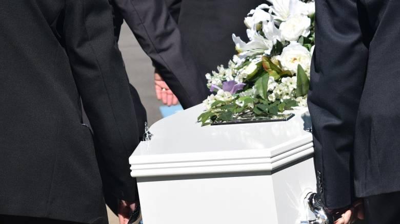 Ρόδος: Έκαναν την κηδεία ηλικιωμένου και έναν μήνα μετά βρέθηκε ζωντανός