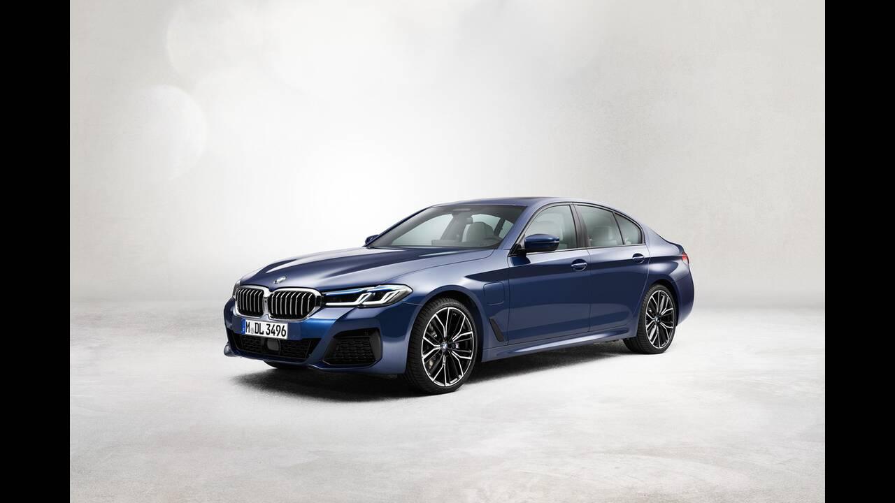 https://cdn.cnngreece.gr/media/news/2020/05/27/220934/photos/snapshot/BMW-5-2020-14.jpg