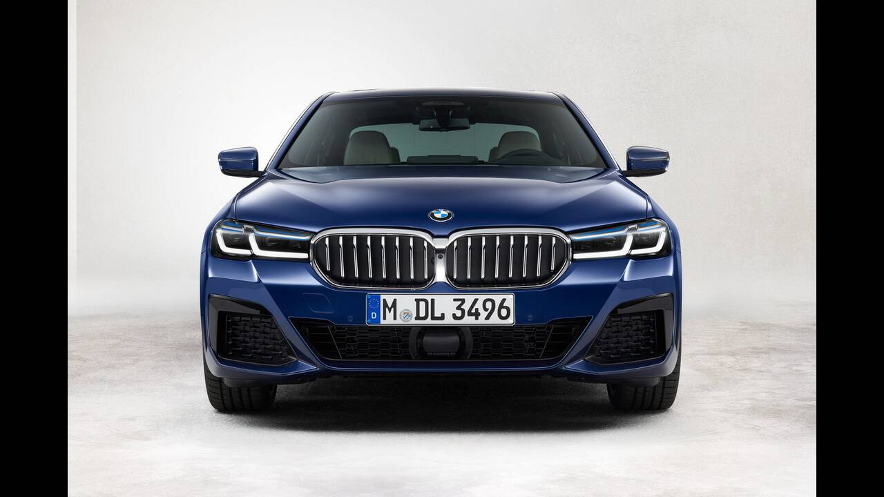 https://cdn.cnngreece.gr/media/news/2020/05/27/220934/photos/snapshot/BMW-5-2020-17.jpg
