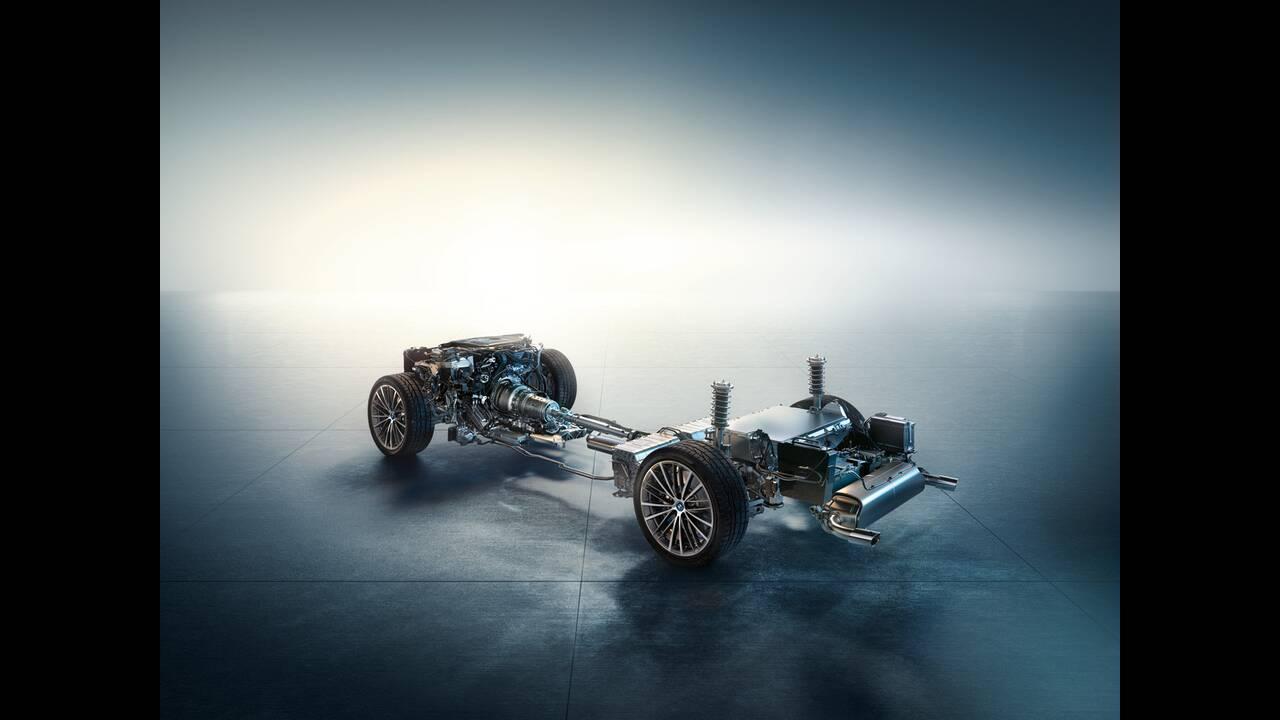 https://cdn.cnngreece.gr/media/news/2020/05/27/220934/photos/snapshot/BMW-5-2020-26.jpg