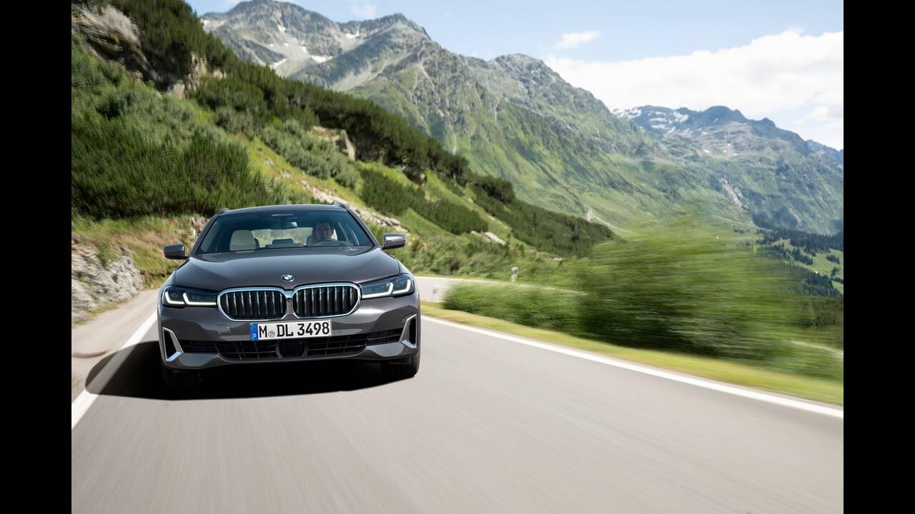 https://cdn.cnngreece.gr/media/news/2020/05/27/220934/photos/snapshot/BMW-5-TOURING-4.jpg