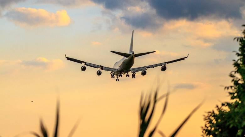 Πόσο πρόθυμοι είναι οι ξένοι τουρίστες να ξεκινήσουν εκ νέου τα ταξίδια;
