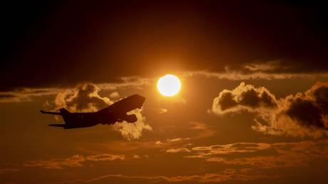 Boeing: Απολύει χιλιάδες εργαζόμενους, αλλά ξαναρχίζει την παραγωγή των 737 MAX