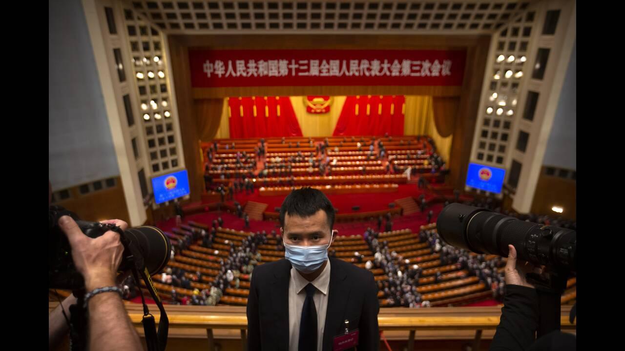 https://cdn.cnngreece.gr/media/news/2020/05/28/221110/photos/snapshot/hong_kong_nomos-6.jpg