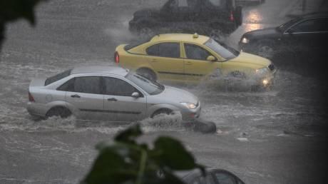 Καιρός: Ισχυρή βροχόπτωση στην Αττική