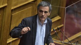 Τσακαλώτος: Ευχάριστη έκπληξη η πρόταση της Κομισιόν – Υπάρχουν γκρίζες ζώνες
