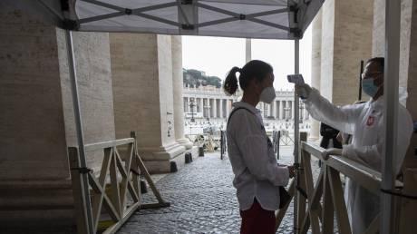 Κορωνοϊός: Σημαντική μείωση των νεκρών στην Ιταλία
