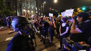 Ντένβερ: Χρήση χημικών από την αστυνομία κατά των διαδηλωτών για τη δολοφονία Φλόιντ