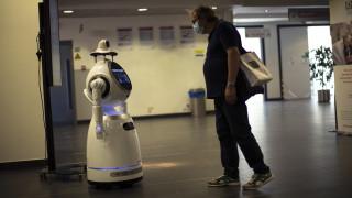 Κορωνοϊός: Ρομπότ - «νοσοκόμες» επιστρατεύτηκαν σε νοσοκομεία του Βελγίου