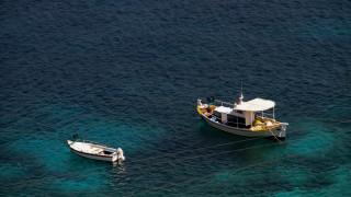 Κακοκαιρία: Μέχρι και πέντε βαθμούς έπεσε η θερμοκρασία της θάλασσας