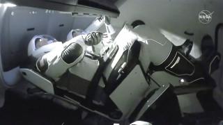 SpaceX: Έφτασαν στον Διεθνή Διαστημικό Σταθμό οι αστροναύτες του Dragon