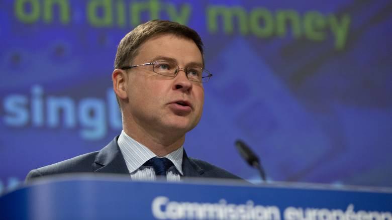 Ντομπρόβσκις: Με ενισχυμένη εποπτεία η πρόσβαση στο Ταμείο Ανάκαμψης για την Ελλάδα