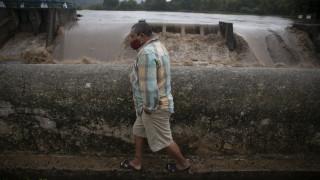 Καταιγίδα «Αμάντα»: Σαρώνει Ελ Σαλβαδόρ και Γουατεμάλα – Τουλάχιστον 10 οι νεκροί