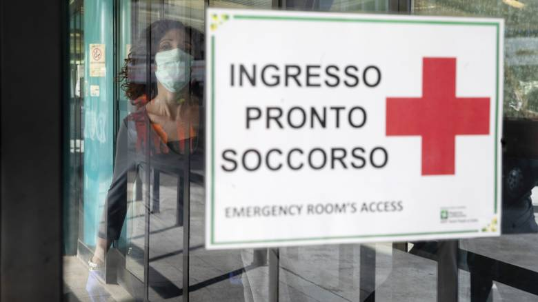 Κορωνοϊός - Ιταλία: Αντιδράσεις επιστημόνων για τις δηλώσεις του «γιατρού του Μπερλουσκόνι»