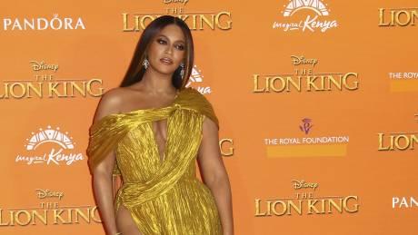H Beyoncé ζητάει δικαιοσύνη για τον Τζορτζ Φλόιντ (vid)
