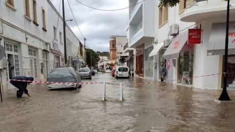 Λέρος: Προβλήματα από τις ισχυρές βροχοπτώσεις – Κήρυξη κατάστασης έκτακτης ανάγκης ζητά ο δήμαρχος