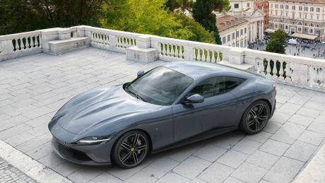 H μικρή Ferrari έχει μεγαλύτερη κεφαλαιοποίηση από τους κολοσσούς GM, FCA και Ford