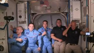 ISS: Η άφιξη των αστροναυτών του διαστημικού σκάφους Crew Dragon