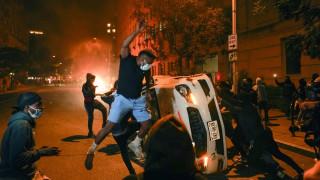 Ουάσινγκτον: Νύχτα ταραχών για τη δολοφονία του Τζορτζ Φλόιντ