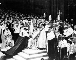 1953, Λονδίνο. Η ενθρόνιση της Ελισάβετ Β' στο αβαείο του Ουέστμίνστερ.