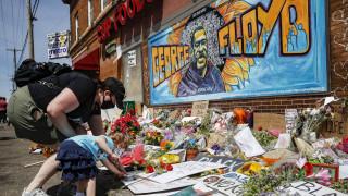 Δολοφονία Τζορτζ Φλόιντ: Ο Φλόιντ Μέιγουεδερ θα καλύψει το κόστος της κηδείας