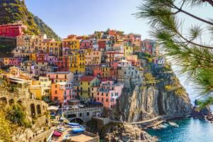 Αν και επλήγη βάναυσα από την πανδημία του κορωνοϊού, η Ιταλία ανυπομονεί να υποδεχτεί τουρίστες, ενισχύοντας έτσι την οικονομία της, η οποία επηρεάστηκε σε μεγάλο βαθμό από το συνεχές lockdown. Από τις 3 Ιουνίου η χώρα ετοιμάζεται να δεχτεί ταξιδιώτες απ