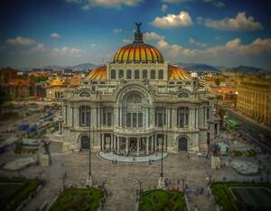 Το Μεξικό σκοπεύει να υποδεχτεί τους πρώτους της επισκέπτες μέσα στις επόμενες εβδομάδες. Αν και η χώρα παραμένει σε καραντίνα, οι Αρχές σκοπεύουν να ανοίξουν άμεσα τις τουριστικές επιχειρήσεις προκειμένου η χώρα να επιστρέψει σταδιακά στην κανονικότητα,