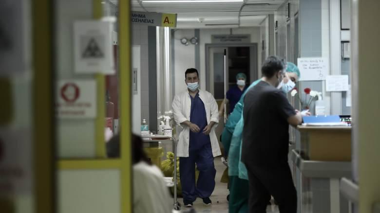 Κορωνοϊός: Στα 19 τα νέα κρούσματα - 12 είναι ταξιδιώτες από το εξωτερικό