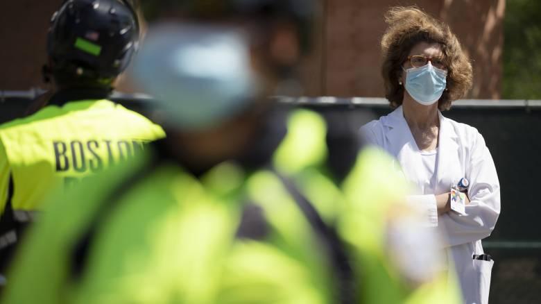 Κορωνοϊός: Περισσότεροι από 1.000 νεκροί σε μία μέρα στις ΗΠΑ