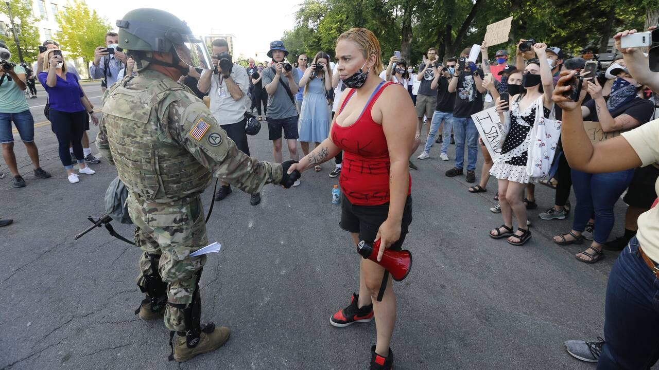 https://cdn.cnngreece.gr/media/news/2020/06/03/221784/photos/snapshot/AP_20155110237642.jpg