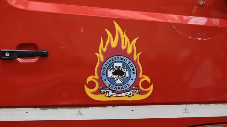 Φωτιά σε βυτιοφόρο στην Αθηνών - Θεσσαλονίκης: Νεκρός ανασύρθηκε ο οδηγός