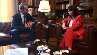 Συνάντηση Σακελλαροπούλου - Μητσοτάκη με μηνύματα στην Τουρκία: Θα αντιμετωπίσουμε τις προκλήσεις