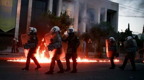 Πορεία για τον Φλόιντ στην Αθήνα: Στο αυτόφωρο οι πέντε συλληφθέντες για τα επεισόδια