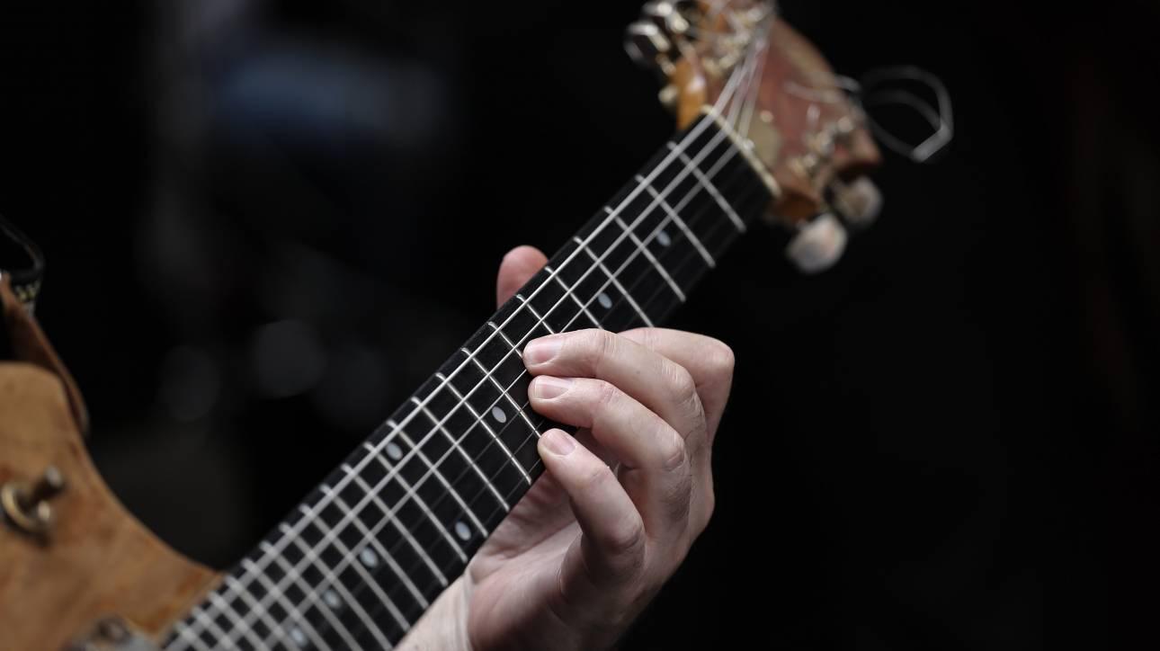 Αύξηση πωλήσεων στα μουσικά όργανα έφερε ο κορωνοϊός στη Θεσσαλονίκη