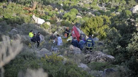 Βόλος: Δύο νεκροί από πτώση αυτοκινήτου σε γκρεμό στο Τρίκερι