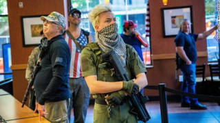 ΗΠΑ: Οπλισμένοι εξτρεμιστές του κινήματος Boogaloo στις διαδηλώσεις για τον Τζορτζ Φλόιντ