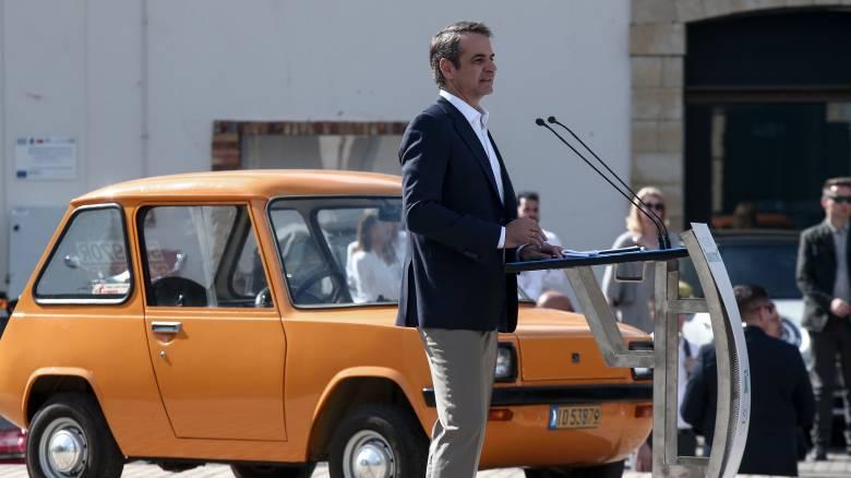 Μητσοτάκης: Επιδοτούμε με 100 εκατ. ευρώ για 18 μήνες την αγορά αυτοκινήτων νέου τύπου