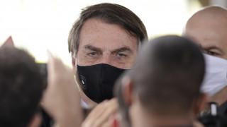 Βραζιλία: Ο Μπολσονάρου απειλεί με αποχώρηση από τον ΠΟΥ