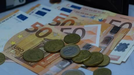 Αγίου Πνεύματος: Πώς πληρώνονται οι εργαζόμενοι του ιδιωτικού τομέα