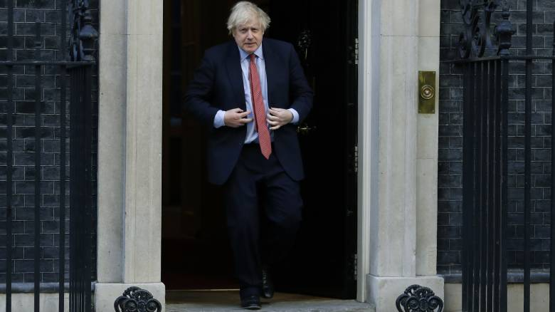 Βρετανία: Απογοητευμένοι οι πολίτες από τους χειρισμούς της κυβέρνησης για την πανδημία