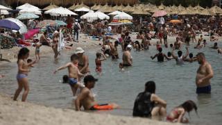 Βατόπουλος: Φοβάμαι ότι δεν θα χρειαστούμε τουρίστες για να έχουμε αύξηση των κρουσμάτων