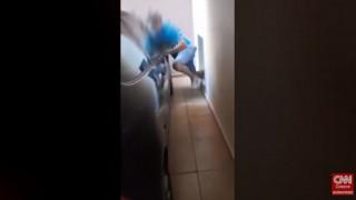 Βίντεο – ντοκουμέντο: Διαρρήκτες κλειδώθηκαν μέσα σε πολυκατοικία στη Νέα Σμύρνη