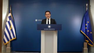 Πέτσας: Η Ελλάδα ανοίγει τις πύλες της στον κόσμο - Καμία έκπτωση στη δημόσια υγεία