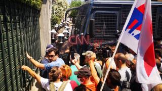 Μικροένταση στο συλλαλητήριο των εκπαιδευτικών ενάντια στο πολυνομοσχέδιο
