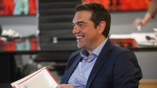 ΣΥΡΙΖΑ: «Ναι» στη συμφωνία με την Ιταλία – «Είμαστε έτοιμοι να βάλουμε πλάτη σε γενναίες αποφάσεις»